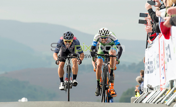 Picture by Allan McKenzie/SWpix.com - 04/09/2017 - Cycling - OVO Energy Tour of Britain - Stage 2 Kielder Water to Blyth - JLT Condor's Graham Briggs & An Post Chain Reaction's Jacob Scott race to the Winter's Gibbett King of the Mountain line.