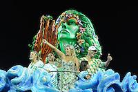 SAO PAULO, SP, 25 DE FEVEREIRO 2012 - DESFILE DAS CAMPEÃS DO CARNAVAL SP - MANCHA VERDE: Ex goleiro Marcos do Palmeiras durante apresentação da escola de samba Mancha Verde no desfile das Campeãs do Carnaval 2012 de São Paulo, no Sambódromo do Anhembi, na zona norte da cidade, neste sábado.(FOTO: LEVI BIANCO - BRAZIL PHOTO PRESS).