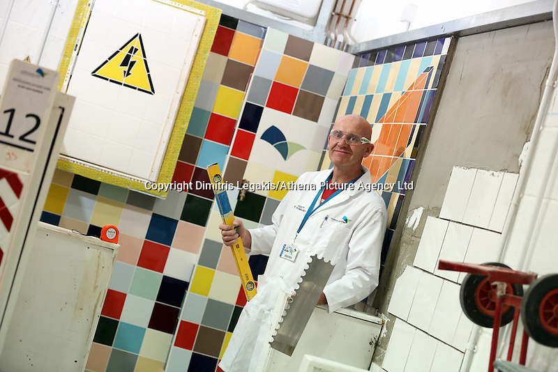 Pictured: Tiling class, Craig. Monday 22 September 2014<br /> Re: Cardiff and Vale College.