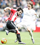 Real Madrid's Luka Modric (r) and Athletic de Bilbao's Benat Etxebarria during La Liga match. February 13,2016. (ALTERPHOTOS/Acero)