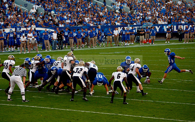 Craig McIntosh kicks a field goal to score the first three points of the game during the first quarter of UK vs Akron on  Saturday, September 18, 2010. Photo by Britney McIntosh   Staff