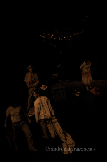 Presentacio?n de la obra drama?tica de Berthold Brecht en una versio?n libre de Adam Guevara, en el Teatro Salvador Novo del Centro Nacional de las Artes.