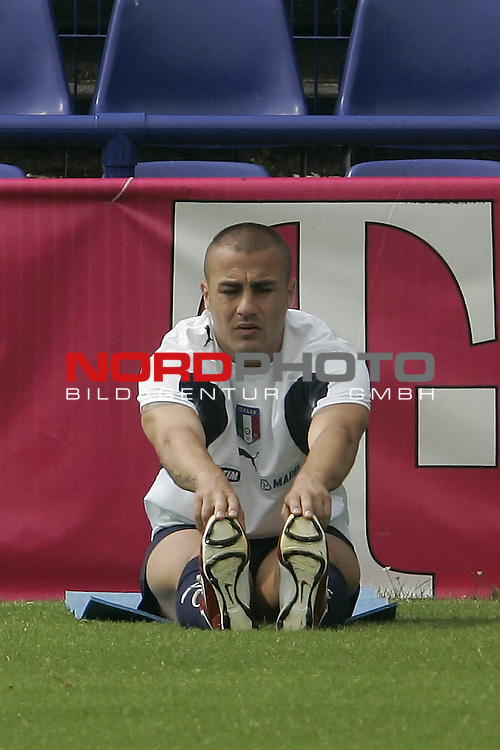 Italy National Football Team Training Camp Duisburg <br /> Italienische Nationalmannschaft Trainingslager in Duisburg<br /> <br /> <br /> CANNAVARO Fabio # 5<br /> <br /> <br /> Foto: nordphoto