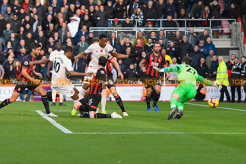 Marcus Rashford of Manchester United left scores the second and winning goal past Asmir Begovic of AFC Bournemouth during AFC Bournemouth vs Manchester United, Premier League Football at the Vitality Stadium on 3rd November 2018