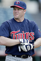 Denny Hocking of the Minnesota Twins before a 2002 MLB season game against the Los Angeles Angels at Angel Stadium, in Anaheim, California. (Larry Goren/Four Seam Images)