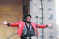 SAO PAULO, SP, 6 DE MAIO DE 2012- VIRADA CULTURAL-O musico Norte-Americano Charles Bradley, apresentou-se no palco da praça Republica como parte da oitava Virada Cultural. FOTO: GEORGINA GARCIA/BRAZIL PHOTO PRESS
