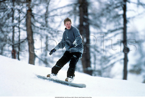 SNOWBOARDING, Val D'Isere, 9612. Photo: Neil Tingle/Action Plus...1996.leisure.snowboarder.child.children.wintersports.child.children.boy.boys.youth.youths.teenager.teenagers.Youngster.Youngsters.childrens sport.children's sport