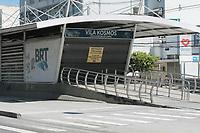 Rio de Janeiro (RJ), 02/04/2020 - Devido as restricoes de circulacao em prevencao ao Covid-19 no Rio de janeiro, empresas estao rodando com frota de onibus reduzida e varias estacoes do BRT estao fechadas, nesta quinta-feira (02). (Foto: Celso Barbosa/Codigo 19/Codigo 19)