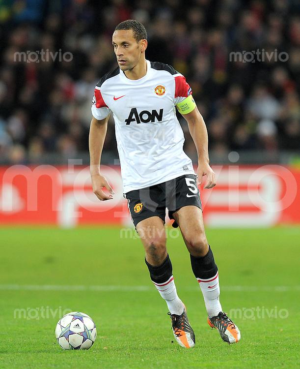 FUSSBALL   CHAMPIONS LEAGUE   SAISON 2011/2012     07.12.2011 FC Basel - Manchester United Rio Ferdinand (Manchester United FC)