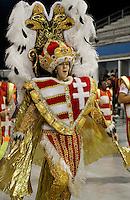SÃO PAULO, SP, 11 DE FEVEREIRO DE 2012 - ENSAIO ROSAS DE OURO -  integrante durante ensaio técnico da Escola de Samba Rosas de Ouro  na preparação para o Carnaval 2012. O ensaio foi realizado na noite deste sabado 11 no Sambódromo do Anhembi, zona norte da cidade.FOTO ALE VIANNA - NEWS FREE