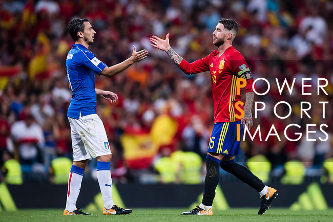 Matteo Darmian (L) of Italy shakes hands with Sergio Ramos (R) of Spain during their 2018 FIFA World Cup Russia Final Qualification Round 1 Group G match between Spain and Italy on 02 September 2017, at Santiago Bernabeu Stadium, in Madrid, Spain. Photo by Diego Gonzalez / Power Sport Images