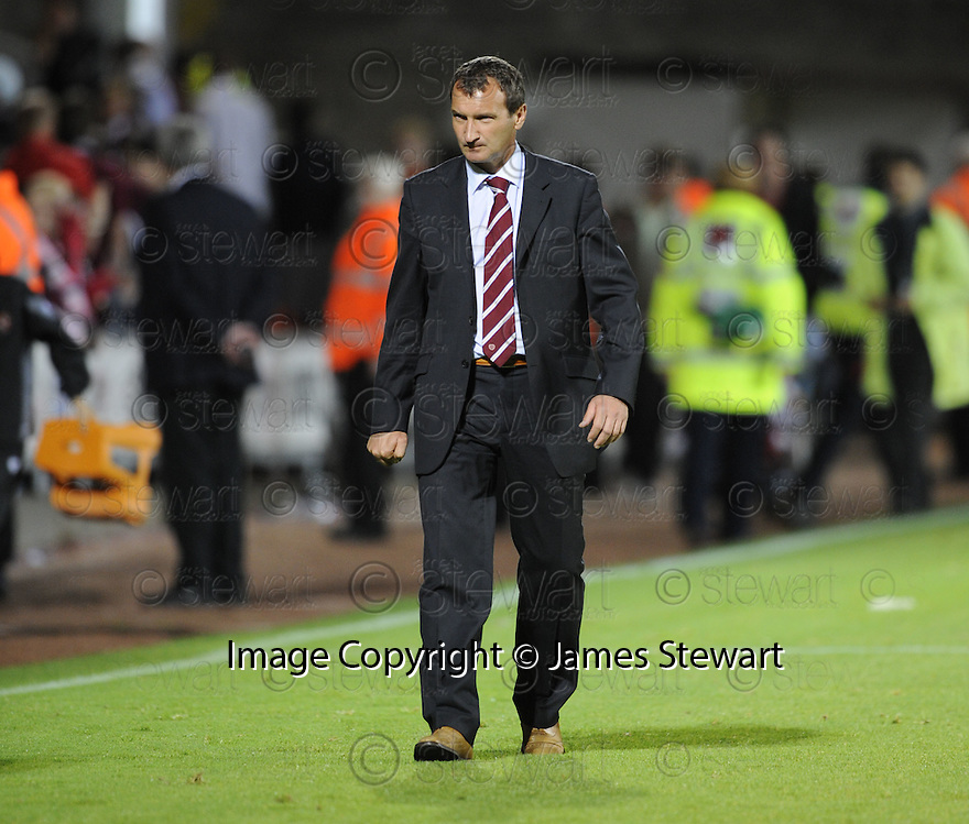 17/08/2009  Copyright  Pic : James Stewart.sct_jspa24_dundee_utd_v_hearts  .HEARTS MANAGER CSABA LASZLO AT THE END OF GAME....James Stewart Photography 19 Carronlea Drive, Falkirk. FK2 8DN      Vat Reg No. 607 6932 25.Telephone      : +44 (0)1324 570291 .Mobile              : +44 (0)7721 416997.E-mail  :  jim@jspa.co.uk.If you require further information then contact Jim Stewart on any of the numbers above.........