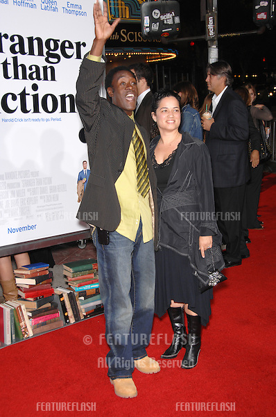 "DON CHEADLE & girlfriend BRIDGID COULTER at the Los Angeles premiere of ""Stranger than Fiction""..October 30, 2006  Los Angeles, CA.Picture: Paul Smith / Featureflash"