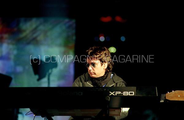 Dress rehearsal for Jean Michel Jarre's Rendez-Vous 98 Nuit Electronique concert in Paris (France, 13/07/1998)