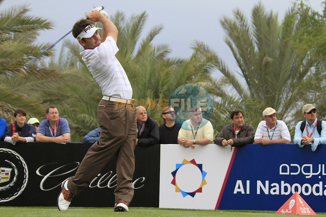 Louis Oosthuizen tees off on the 14th tee during Day 2 Friday of the Abu Dhabi HSBC Golf Championship, 21st January 2011..(Picture Eoin Clarke/www.golffile.ie)