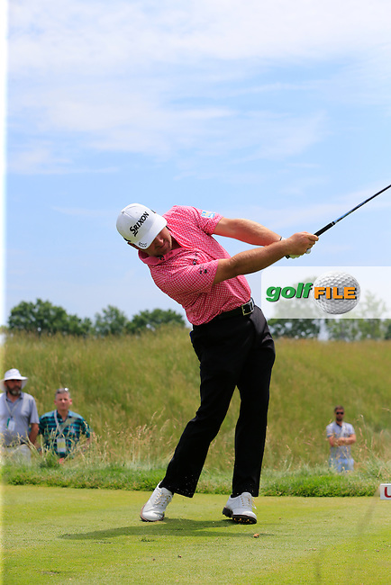 Graeme McDowell (NIR) tees off the 11th tee during Wednesday's Practice Day of the 2016 U.S. Open Championship held at Oakmont Country Club, Oakmont, Pittsburgh, Pennsylvania, United States of America. 15th June 2016.<br /> Picture: Eoin Clarke | Golffile<br /> <br /> <br /> All photos usage must carry mandatory copyright credit (&copy; Golffile | Eoin Clarke)