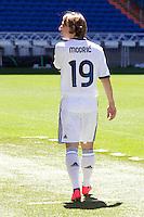 MADRI, ESPANHA, 27 AGOSTO 2012 - APRESENTACAO LUKA MODRIC REAL MADRID - O jogador Croata Luka Modric e apresentado a imprensa no Estadio Santiago Bernabeu em Madri, capital da Espanha, nesta segunda-feira, 27. (FOTO: CESAR CEBOLLA / ALFAQUI /  BRAZIL PHOTO PRESS)