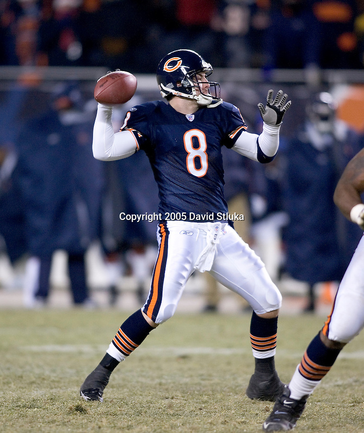 Chicago Bears quarterback Rex Grossman (8) during an NFL football game against the Atlanta Falcons on December 18, 2005 at Soldier Field in Chicago, Illinois. The Bears defeated the Falcons 16-3. (Photo by David Stluka)