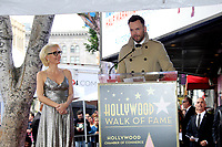 LOS ANGELES - JAN 8:  Gillian Anderson, Joel McHale at the Gillian Anderson Star Ceremony on the Hollywood Walk of Fame on January 8, 2018 in Los Angeles, CA