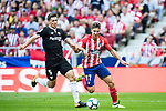 Luciano Vietto (r) of Atletico de Madrid fights for the ball with Clement Nicolas Laurent Lenglet of Sevilla FC during the La Liga 2017-18 match between Atletico de Madrid and Sevilla FC at the Wanda Metropolitano on 23 September 2017 in Madrid, Spain. Photo by Diego Gonzalez / Power Sport Images