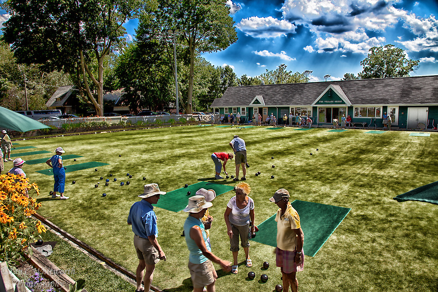 A photo art view of lawn bowing in Oakville, Ontario