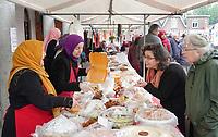 Nederland Deventer - april 2018. Open Dag bij de Centrum Moskee Deventer (Deventer Merkez Camii). Turkse lekkernijen te koop.   Foto mag niet in negatieve context gepubliceerd worden .    Foto Berlinda van Dam / Hollandse Hoogte