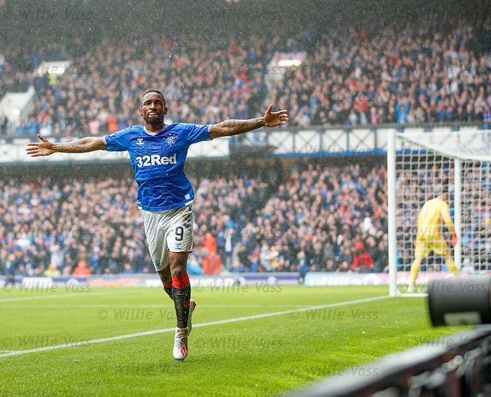 11.08.2019 Rangers v Hibs: Jermain Defoe celebrates his first goal