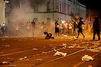 De acordo com a policia militar, cerca de 10.000 manifestantes participaram dos atos de protesto contra a corrupção, transporte em Belém e melhoria de vida. A passeata, que iniciou na praça de Nazaré, percorreu a cidade até a a sede da prefeitura onde ocorreram conflitos  entre policiais militares, guarda municipal e manifestantes que jogaram pedras no prédio público e penduraram faixas e cartazes. Um guarda municipal foi ferido com uma pedra jogada por manifestantes que receberam balas de borracha e bombas de gás lacrimogênio.Belém, Pará, BRasilFoto Ney Marcondes20/06/2013