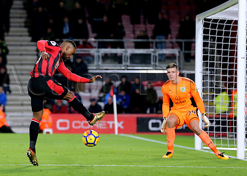 29th November 2017, Vitality Stadium, Bournemouth, England; EPL Premier League football, Bournemouth versus Burnley; Jermain Defoe of Bournemouth has his shot pushed away by Burnley Goalkeeper Nick Pope