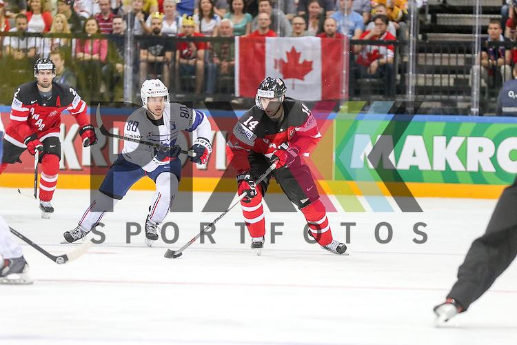 im Spiel IIHF WC15 France vs Canada.<br /> <br /> Foto &copy; P-I-X.org *** Foto ist honorarpflichtig! *** Auf Anfrage in hoeherer Qualitaet/Aufloesung. Belegexemplar erbeten. Veroeffentlichung ausschliesslich fuer journalistisch-publizistische Zwecke. For editorial use only.