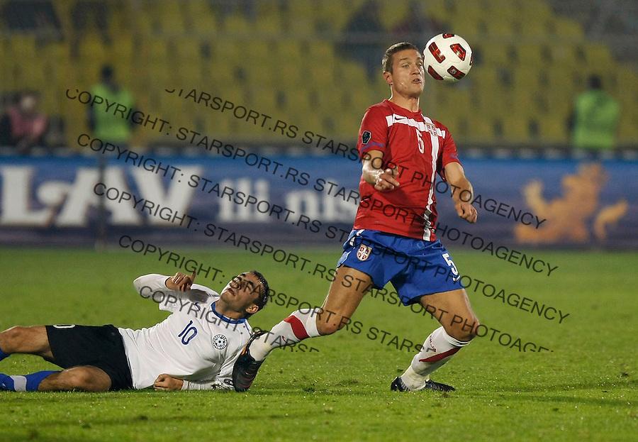 Fudbal, Qualifications for UEFA EURO 2012.Serbia Vs. Estonia.Nemanja Vidic, right and Sergei Zenjov.Belgrade, 08.10.2010..foto: Srdjan Stevanovic/Starsportphoto ©