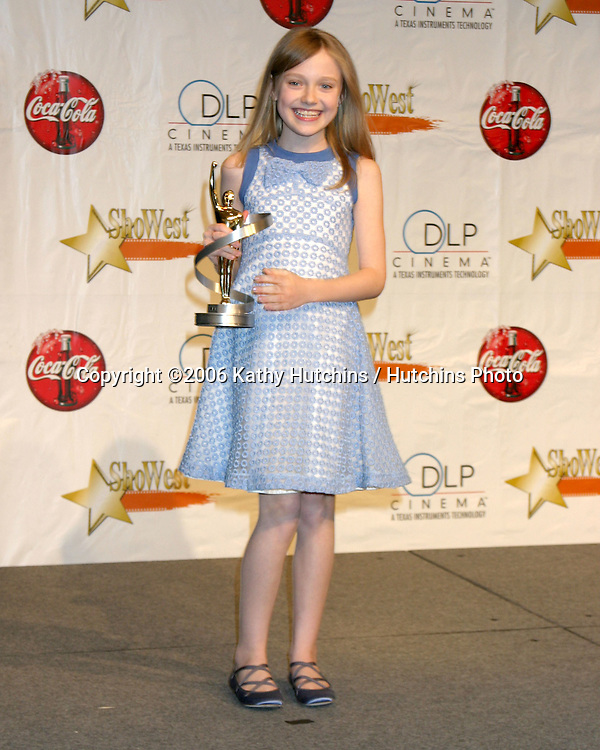 Dakota Fanning.ShoWest Award Show 2006.Paris Hotel & Casino.Las Vegas, NV.March 16,  2006.©2006 Kathy Hutchins / Hutchins Photo....