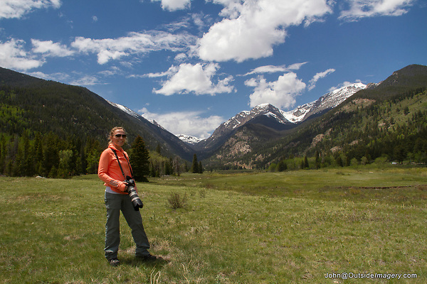 Wildlife photo tours in some the park's quieter and less visited areas. Rocky Mountain National Park, Colorado.