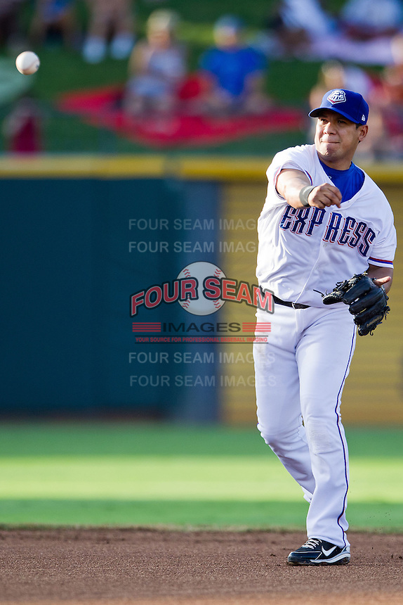 Round Rock Express shortstop Luis Hernandez #9 throws to first during the Pacific Coast League baseball game against the Omaha Storm Chasers on July 22, 2012 at the Dell Diamond in Round Rock, Texas. The Express defeated the Chasers 8-7 in 11 innings. (Andrew Woolley/Four Seam Images).