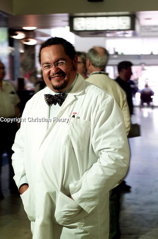 Montreal, CANADA, 2004  File Photo.  <br /> <br /> File photo of Doctor Arthur Porter, who just passed away.<br /> Porter was accused of fraud and corruption.<br /> <br /> <br /> Photo : Christian Fleury- Agence Quebec Presse