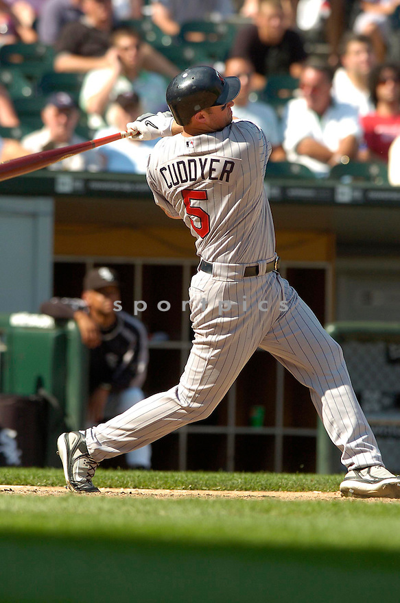 MICHAEL CUDDYER, of the Minnesota Twins , in action during the  Twins  game against the Chicago White Sox in Chicago, IL  on July 7,  2007...White Sox  win 3-1...DAVID DUROCHIK / SPORTPICS.