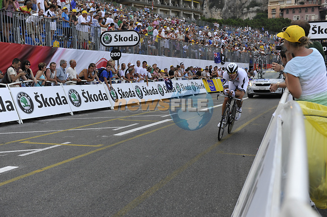 Cervelo Test Team rider Thor Hushovd (NOR) passes beneath the packed grandstands on his way to the finish line the Prologue Stage 1 of the 2009 Tour de France a 15.5km individual time trial held around Monaco. 4th July 2009 (Photo by Eoin Clarke/NEWSFILE)