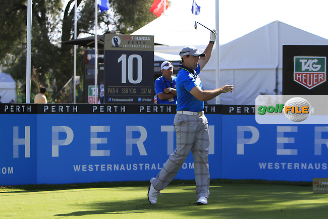 Simon Houston (AUS) on the 10th tee during Round 1 of the ISPS HANDA Perth International at the Lake Karrinyup Country Club on Thursday 23rd October 2014.<br /> Picture:  Thos Caffrey / www.golffile.ie