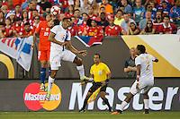 Action photo during the match Chile vs Panama, Corresponding to Group -D- America Cup Centenary 2016 at Lincoln Financial Field.<br /> <br /> Foto de accion durante el partido Chile vs Panama, Correspondiente al Grupo -D- de la Copa America Centenario 2016 en el  Lincoln Financial Field, en la foto: (i.d) Gonzalo Jara  de Chile y Roberto Nurse de Panama<br /> <br /> <br /> 14/06/2016/MEXSPORT/Osvaldo Aguilar.