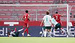1:0 Tor v.l. Theodor Gebre Selassie, Jeremiah St. Juste, Yuya Osako, Milos Veljkovic (Bremen), Torschuetze Robin Quaison (Mainz)<br /><br />Sport: Fussball: 1. Bundesliga:: nphgm001:  Saison 19/20: 33. Spieltag: 1. FSV Mainz 05 vs SV Werder Bremen 20.06.2020<br />Foto: Wagner/Witters/Pool//via gumzmedia/nordphoto<br /><br /><br /> DFL REGULATIONS PROHIBIT ANY USE OF PHOTOGRAPHS AS IMAGE SEQUENCES AND OR QUASI VIDEO<br />EDITORIAL USE ONLY<br />NATIONAL AND INTERNATIONAL NEWS AGENCIES OUT