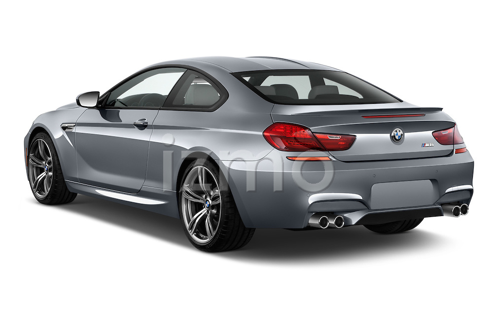 Car pictures of rear three quarter view of 2016 BMW M6 Coupe - 3 Door Coupe Angular Rear
