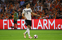 Mats Hummels (Deutschland Germany) - 13.10.2018: Niederlande vs. Deutschland, 3. Spieltag UEFA Nations League, Johann Cruijff Arena Amsterdam, DISCLAIMER: DFB regulations prohibit any use of photographs as image sequences and/or quasi-video.