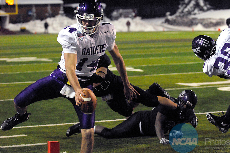 19 DEC 2009:  Kurt Rocco (14) of Mount Union scores a touchdown to tie the game at 28-28 during the Division III Men's Football Championship held at Salem Stadium in Salem, VA.  Wisconsin-Whitewater defeated Mount Union 38-28 for their second national title.  Andres Alonso/NCAA Photos