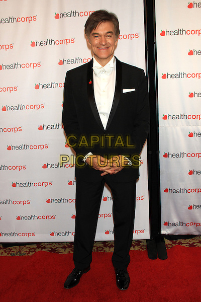 NEW YORK, NY - APRIL 9: Dr. Mehmet Oz attends HealthCorps' 8th Annual Gala at the Waldorf-Astoria on April 9, 2014 in NEW YORK CITY<br /> CAP/LNC/TOM<br /> &copy;TOM/LNC/Capital Pictures