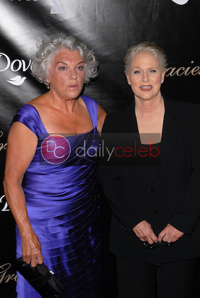 Tyne Daly and Sharon Gless<br /> at the 35th Annual Gracie Awards Gala, Beverly Hilton, Beverly Hills, CA. 05-25-10<br /> David Edwards/DailyCeleb.Com 818-249-4998