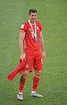 27.06.2020, Fussball: nph00001 1. Bundesliga 2019/2020, 34. Spieltag, VfL Wolfsburg - FC Bayern Muenchen, in der Volkswagen-Arena Wolfsburg. Siegerehrung nach dem Spiel: Der FC Bayern MŸnchen feiert den Gewinn der 30. Deutschen Meisterschaft. Robert Lewandowski (Bayern MŸnchen)<br /><br />Foto: Bernd Feil/M.i.S./ /Pool/nordphoto<br /><br />Nur fŸr journalistische Zwecke! Only for editorial use! <br /><br />GemŠ§ den Vorgaben der DFL Deutsche Fussball: nph00001 Liga ist es untersagt, in dem Stadion und/oder vom Spiel angefertigte Fotoaufnahmen in Form von Sequenzbildern und/oder videoŠhnlichen Fotostrecken zu verwerten bzw. verwerten zu lassen. DFL regulations prohibit any use of photographs as image sequences and/or quasi-video.    <br /><br />National and international NewsAgencies OUT.