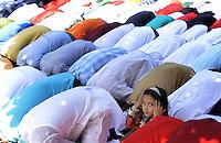 Roma, 8 agosto 2013<br /> Piazza Vittorio<br /> La comunit&agrave; islamica celebra la fine del mese di digiuno con la festa Eid al-fitr.