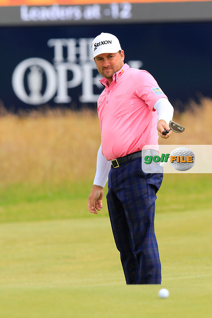 Graeme McDOWELL (NIR) putts onto the 16th green during Monday's Final Round of the 144th Open Championship, St Andrews Old Course, St Andrews, Fife, Scotland. 20/07/2015.<br /> Picture Eoin Clarke, www.golffile.ie