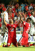 CALI -COLOMBIA, 22-08-2016. Faiber Mercado jugador del América de Cali  celebra su gol contra el Atlético FC  de Cali durante encuentro  por la fecha 8 vuelta  del torneo  Aguila II 2016 disputado en el estadio Pascual Guerrero./ Faiber Mercado player of America de Cali  celebrates his goal against Atletico FC  de Cali during match for the date 8 of the Aguila tournament II 2016 played at Pascual Guerrero stadium in Cali. Photo:VizzorImage / Juan Carlos Quintero  / Cont