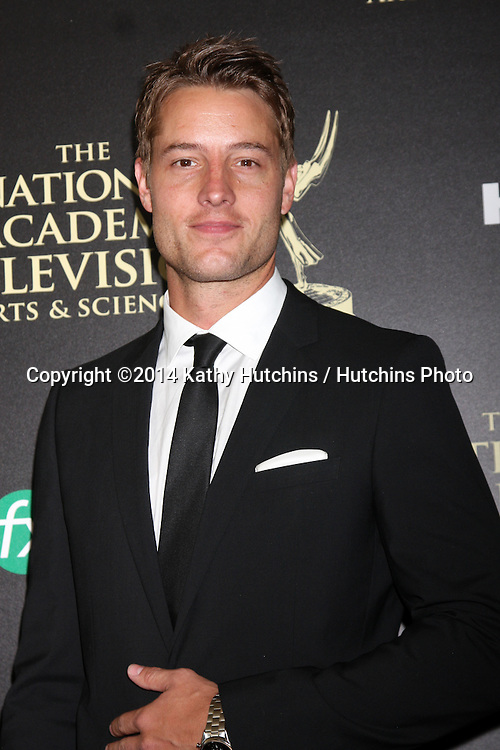 LOS ANGELES - JUN 22:  Justin Hartley at the 2014 Daytime Emmy Awards Arrivals at the Beverly Hilton Hotel on June 22, 2014 in Beverly Hills, CA